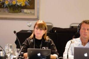 Tatiana Neves como vice-coordenadora na reunião do Grupo de Trabalho de Captura Incidental do AC8