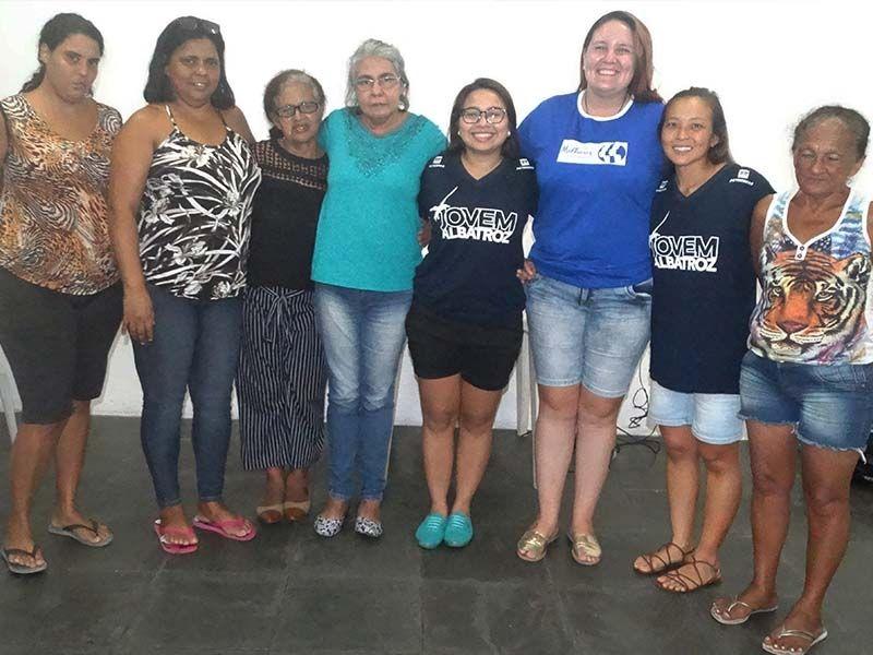 Encontro do Coletivo Jovem Albatroz com União de Mulheres da Zona Noroeste rende ótimas ideias