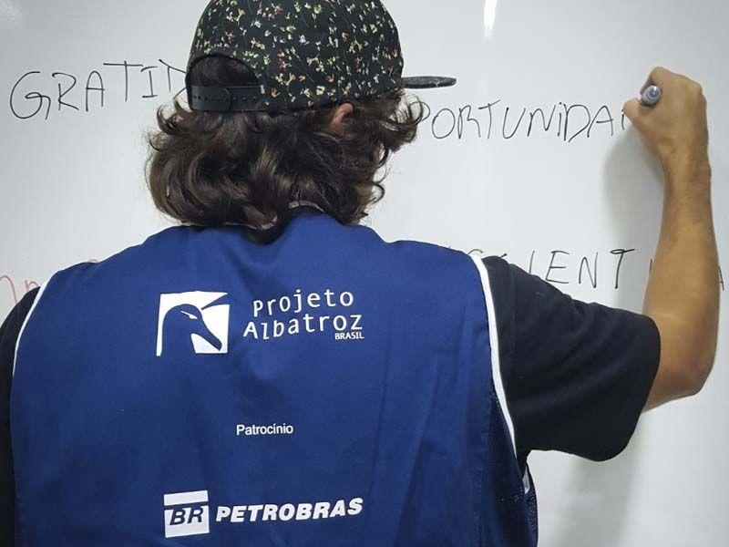 Coletivo Jovem Albatroz está com inscrições abertas para curso inspirado na Década do Oceano